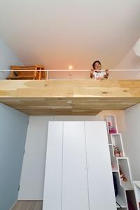 childroom_loft.jpg
