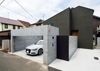 house_facadeGray.jpg