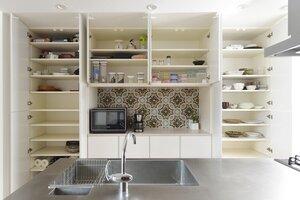 2F kitchen stock.jpg