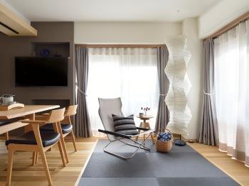 _D8E5389 livingchair.jpg