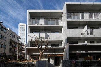 facade900600All.jpg