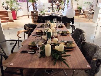 winter resort table interior.jpg